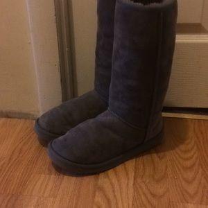 Ugg Classic tall gray women's size 7